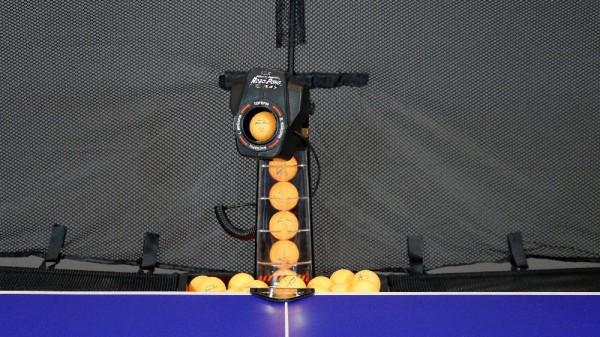 "DONIC ""NEWGY Robopong 545 mit Versa Ballfangnetz"""